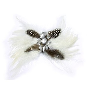 Brooch – Feather w/ Clear Beads - White - BC-ABO25114W