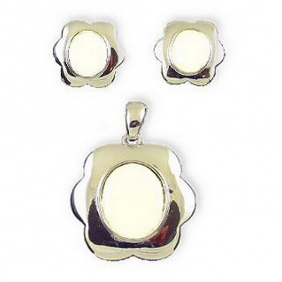 Mother of Pearl Oval Pendant & Earrings Set NE-MCE946SW