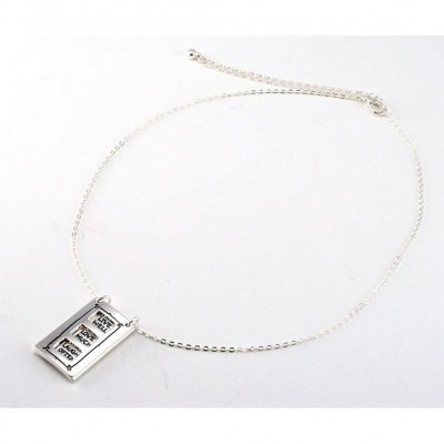 "Flip Top Lid Message Pendant Necklace - ""Live Well Love Much""  - NE-MN4102S"