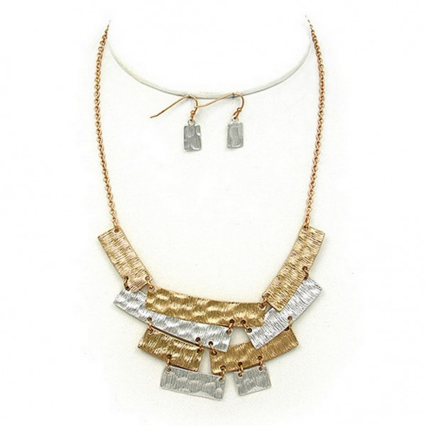 """Necklace & Earrings Set: Geometric Pendant – 14"""" - NE-WNE679GDSL"""